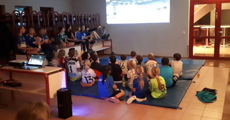 94er Kids beim Public Viewing